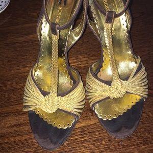 BCBG Maxazaria Gold Heels Women Size 37